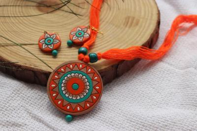 Terracotta Necklace and Earring Set in Orange & Green Color
